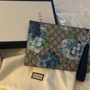 Gucci Blooms Clutch